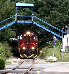 Scenic Railroad Train Rides on the Winnipesaukee Railroad and also the Hobo Railroad in New Hampshire