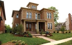 Let's jump to Missouri to find this modern interpretation of the Italianate. It's obviously simpler in detail, but the theme is still achiev...