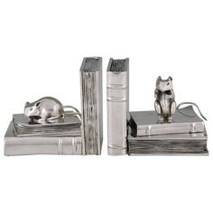 French Art Deco Silvered Bronze Mouse Bookends by Danvin, 1930   From a unique collection of antique and modern bookends at https://www.1stdibs.com/furniture/more-furniture-collectibles/bookends/