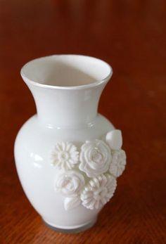 DIY Milk Glass Vase Using Mod Melts DIY Mod Melt DIY Crafts