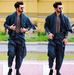 Ideas fashion design sketches muslim fashion is part of Afghan fashion - Kurta Pajama Men, Kurta Men, Indian Men Fashion, Mens Fashion Wear, Muslim Fashion, Women's Fashion, Pathani For Men, Bohemian Style Men, Afghani Clothes