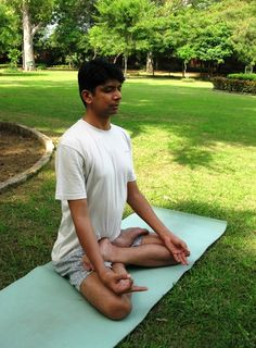 Why we love Padmasana  Recall your first Yoga class. The Yoga teacher begins with series of warm-up exercises.