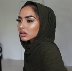 Faliesha G  (@falieshagomezz)  Deep Olive Knit Hijab By @manal.co.uk ♡