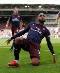 Alexandre Lacazette netted a double as Unai Emery entrusted the Frenchman to lead the Arsenal front-line on his own Arsenal Fc, Arsenal Premier League, Arsenal Players, Arsenal Football, Arsenal Wallpapers, Sports Mix, Van Persie, Fulham, Great Team