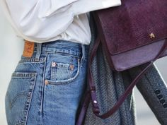 Diese 5 Kleidungsstücke finden Männer an Frauen attraktiv
