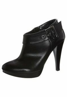f4cc5db238 30 fantastiche immagini su Scarpe | Beautiful shoes, Nice asses e ...