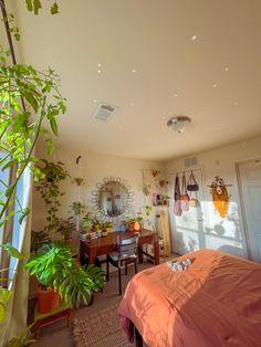 Room Design Bedroom, Room Ideas Bedroom, Home Bedroom, Bedroom Decor, Cluster House, Aesthetic Room Decor, Dream Decor, Fashion Room, Dream Rooms