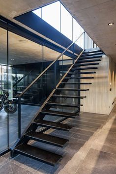 50 Beautiful Iron Stair Construction Ideas - Engineering Discoveries