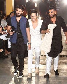 Lakme Fashion Week 2017 Day 1: Varun Dhawan Brings A Surprising Twist As He Walks The Ramp For Kunal Rawal!