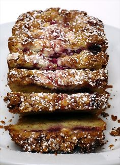 Raspberry, White Chocolate, and Almond Loaf is a sweet, dense quick bread that works as well for dessert as it does for breakfast! - Bake or Break (Mix Berry Loaf) Sweet Recipes, Cake Recipes, Dessert Recipes, Bread Recipes, Just Desserts, Delicious Desserts, Yummy Food, Dessert Bread, Quick Bread