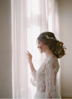 Fine art bridal session   Romantic   Intimate   Fine art destination wedding photographer Madalina Sheldon