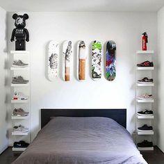 Simple DIY First Apartment Storage Ideas on A Budget - Page 39 of 50 Bedroom Setup, Room Ideas Bedroom, Bedroom Decor, Ikea Boys Bedroom, Bedroom Designs, Hypebeast Room, Shoe Room, Moda Blog, Simple Diy