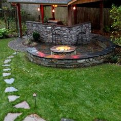 traditional patio by Father Nature Landscapes of Tacoma, Inc.