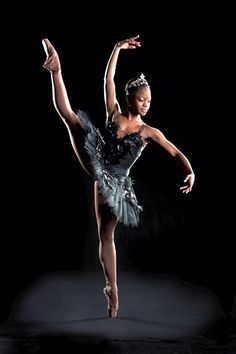 The Incredible Rise of a Young Ballerina, Michaela DePrince. Ballerina at the Dutch National Ballet Tutu Ballet, Ballet Dancers, Ballerinas, Bolshoi Ballet, Ballet Beautiful, My Black Is Beautiful, Dance Photos, Dance Pictures, Black Girls Rock