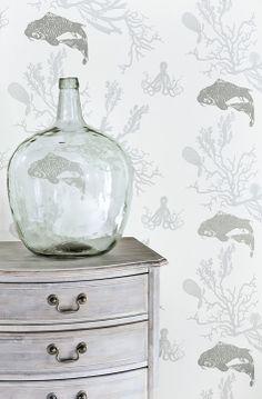 Coral wallpaper (pale grey / silver)