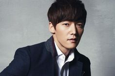 Choi Jin-hyuk is a South Korean actor. He is best known for his roles in the television series Gu Family Book, The Heirs, Emergency Couple, Fated to Love You, and Pride and Prejudice. Choi Jin Hyuk, Jang Hyuk, New Korean Drama, Korean Drama Stars, Asian Actors, Korean Actors, Korean Idols, Detective, Jang Nara