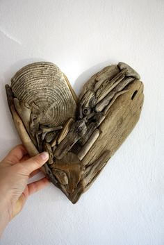 "What to do with that small round .driftwood heart ""Valentine "" made from natural driftwood via Etsy. Driftwood Beach, Driftwood Art, Heart In Nature, Heart Art, Driftwood Projects, Driftwood Ideas, Deco Nature, Wood Creations, Beach Crafts"