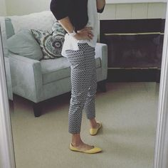 YEs or NO on the shoes?  I love yellow with black and white but they kinda look like giant bananas http://ift.tt/2a2eGJ0