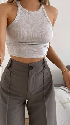 Cute Clothes For Women, Girls Fashion Clothes, Girl Fashion, Fashion Looks, Fashion Outfits, Indie Fashion, Aesthetic Fashion, Korean Fashion, Looks Street Style