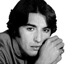 Sandro de América, cantante y actor argentino. http://www.todofamosos.com/wp-content/uploads/sandro.jpg