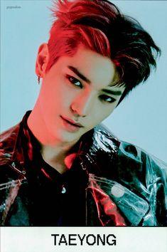 Romantic Manga, Dancing In The Dark, Popular People, Lee Taeyong, Guy Drawing, Favorite Person, Cute Pink, Handsome Boys, Jaehyun
