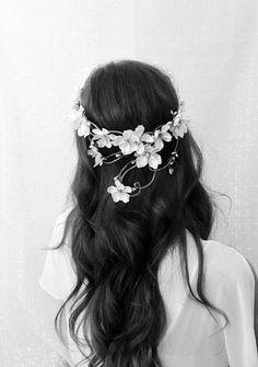 flower crowns + wedding hair down