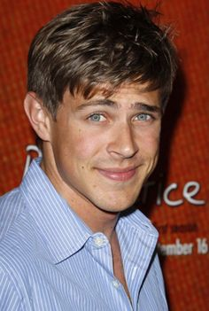 Chris Lowell. Oh Piz, you got screwed, you are SO much better than Logan!