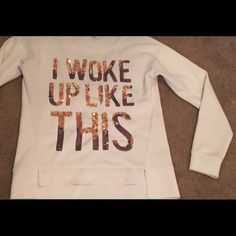 """Size small Cute cream colored sweatshirt. A few sequins missing from bottom of the """"i"""" in """"like"""" Juicy Couture Tops Sweatshirts & Hoodies"""