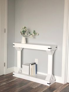 I'm keen on this brilliant diy furniture nightstand Narrow Console Table, Modern Console Tables, Entryway Console, Modern Table, Diy Sofa Table, Table And Chair Sets, Wood Table, Farmhouse Furniture, Home Furniture