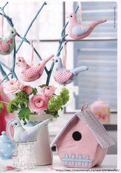Sew decorative pendants birdies and a house made of cloth. Comments: LiveInternet - Russian Service Online Diaries