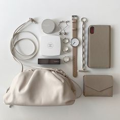 What In My Bag, What's In Your Bag, Inside My Bag, What's In My Purse, Minimalist Bag, Travel Items, Makeup Pouch, Stylish Jewelry, Fashion Essentials