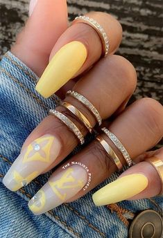 Acrylic Nails Coffin Short, Coffin Shape Nails, Summer Acrylic Nails, Best Acrylic Nails, Acrylic Nails Kylie Jenner, Nail Design Spring, Nagellack Design, Acylic Nails, Cute Acrylic Nail Designs