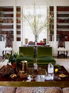 aerin lauder home, living room library Formal Living Rooms, My Living Room, Living Room Chairs, Home And Living, Living Room Decor, Living Spaces, Ralph Lauren Home Living Room, Living Room Inspiration, Home Decor Inspiration