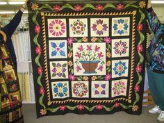 Moonlit Flowers, hand applique quilt #quilt