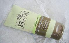 Ein Körperpeeling war ebenfalls in meinem Päckchen. Ich würde es ja lieben, wenn da nicht der Duft wäre. Hier sind 200 ml Produkt in der Verpackung und kostet ebenfalls 4,95€