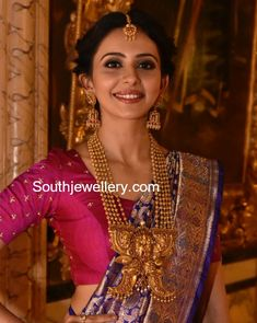 Rakul Preet Singh in Traditional Gold Jewellery photo