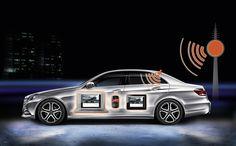 Mercedes-Benz Accessories, Zubehör E-Klasse: Der InCar Hotspot bringt das Internet ins Fahrzeug. Nötig ist lediglich ein WLAN-fähiges Endgerät (Laptop, Mobiltelefon, MP3-Player). Über eine datenfähige SIM-Karte und die Dachantenne des Fahrzeuges unterstützt das System eine schnelle und stabile Verbindung zu Datennetzwerken wie HSDPA/UMTS oder GSM/GPRS/EDGE. Es können bis zu vier Endgeräte gleichzeitig verbunden werden.