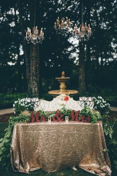 southern-glam-garden-party-wedding-at-the-venue-at-tryphenas-garden-18