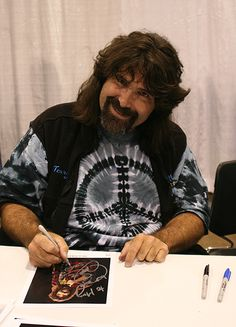 Mick Foley(also a wrestler and author) Wrestling Superstars, Wrestling Wwe, Mick Foley, Best Wrestlers, Beautiful Girl Body, Professional Wrestling, Extreme Sports, Cactus Jack, Bloomington Indiana