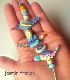 ° ° lieben ° °  Laune-Vögel!  komische helle Handgewickelte Perlen Satz mit fokalen und Abstandhalter  Größe der Birdies sind unterschiedlich