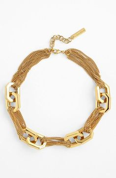 Love the mix of delicate + chunky hardware! Vince Camuto modern links necklace. Nordstrom.