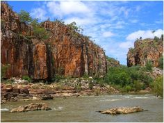 In Katherine Gorge you will see the stunning network of thirteen gorges carved from billion year old sandstone. http://www.lokshatours.com/day-tours/darwin-day-tours