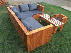 As the whole couch wood pallet set of furniture seems to be heavy in structure work and is even difficult to make it move around from one place to another, therefore be sure you choose one perfect area of the house for the prominent placement of the couch set.
