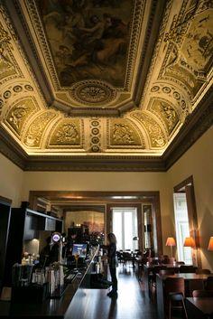 Diário de Lisboa - The Lisbon Diary: Palacio Chiado, rua do Alecrim.