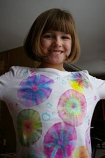 Tie Dye with Sharpie markers -Put cloth over cups, secure with rubber band then draw with sharpie marker.  Put a few drops of alcohol on each circle design that you drew - the ink will spread and blend!