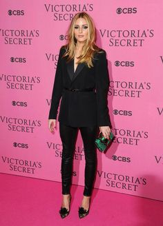 Olivia Palermo at The Victoria's Secret Fashion Show Kicks Off in London! Estilo Olivia Palermo, Olivia Palermo Street Style, Miranda Kerr, Look Fashion, Fashion Outfits, Fashion Tips, Fashion Styles, Latest Fashion, Tomboy Outfits
