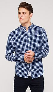 Check shirt in blue / white
