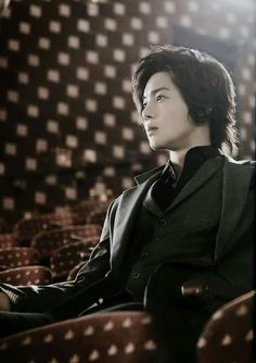 Kim Hyun Joong 김현중 ♡ long hair ♡ SS501 ♡ perfect ♡ Kpop ♡ Kdrama ❤