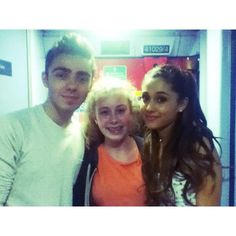 (2) Nathan Sykes & Ariana Grande with Fan on the train  10/06/2013