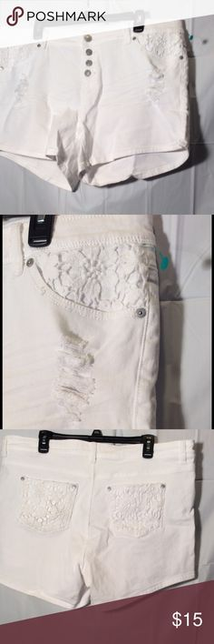 White lace pockets distressed denim shorts sz 16 New without tags size 16 white lace pockets distressed denim shorts. Inseam is apps. 4 1/2  inches long. Rue 21 Shorts Jean Shorts